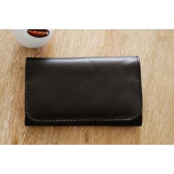 Gummierte Tabaktasche in Schwarz - Modell Pocket 1