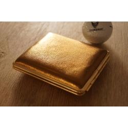GERMANUS Zigarettenetui Metall Korpus mit Leder Bezug - Made in Germany  - Design Gold Leder